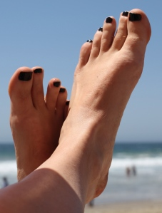 Black toenail polish