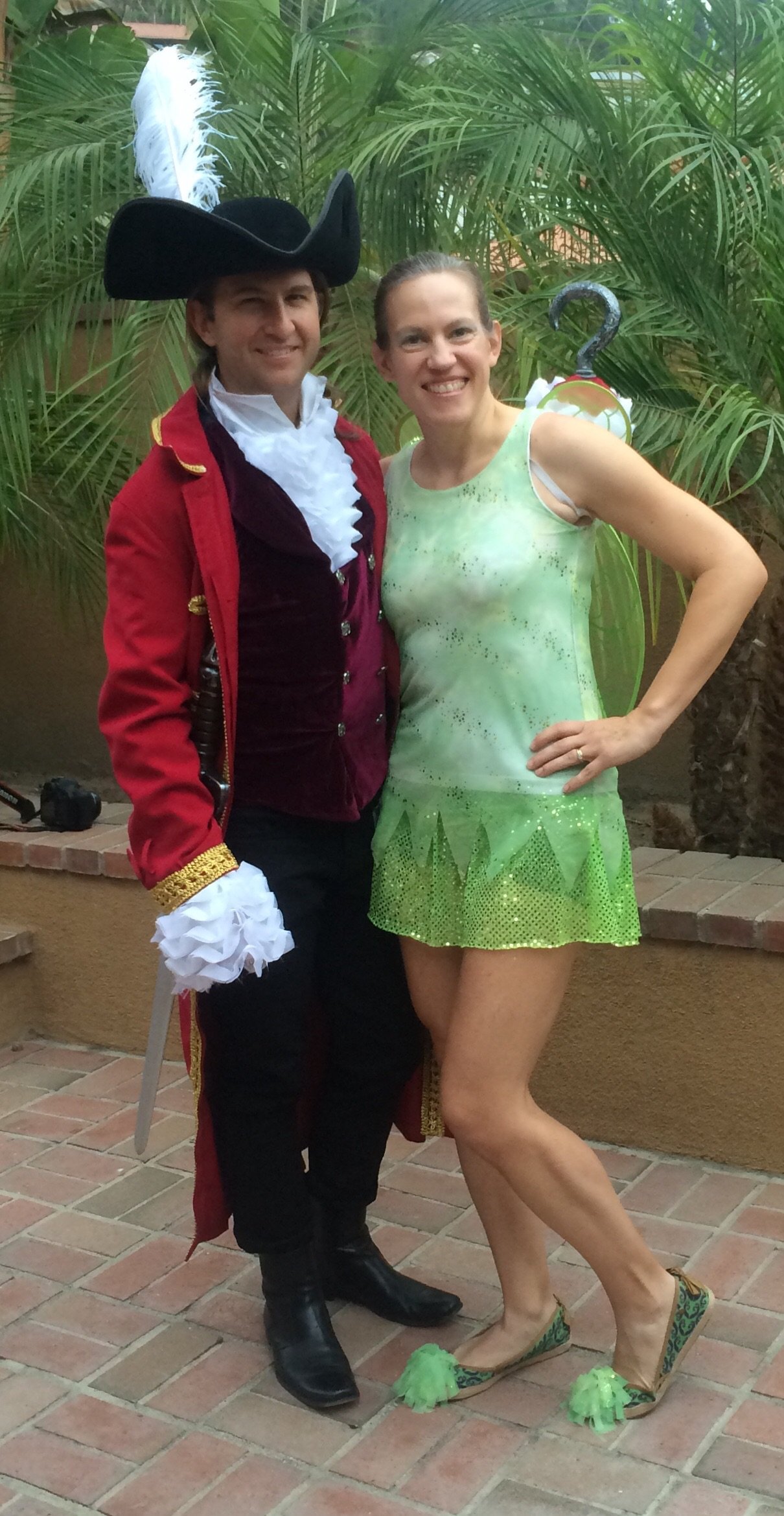 Captain Hook and Tinker Bell  sc 1 st  Fit Fun Mom & Tinker Bell Running Costume | Fit Fun Mom